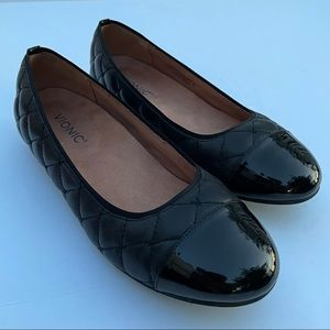Vionic Desiree Quilted Leather Ballet Flats Black